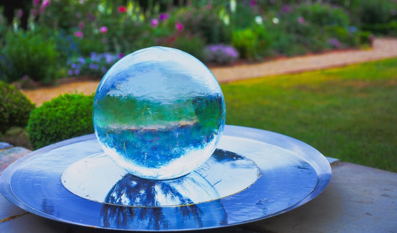 Waterworld: create harmony in your garden with fountains!